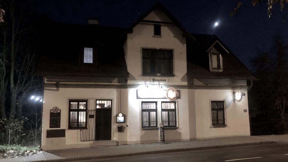 Pension Pleštil - pohled ze Švermovy ulice