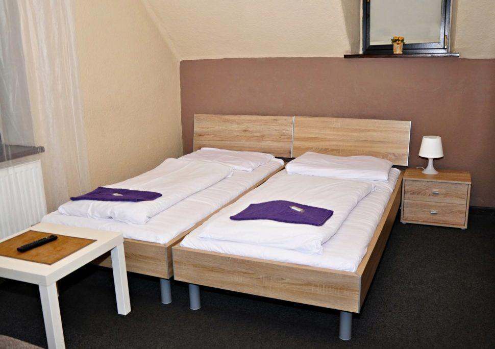 Dvoulůžkový pokoj soddělenými postelemi